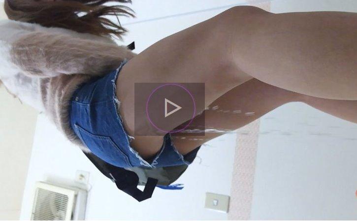 街でおしっこをお漏らしする女の子の動画 街で見かけた女の失禁