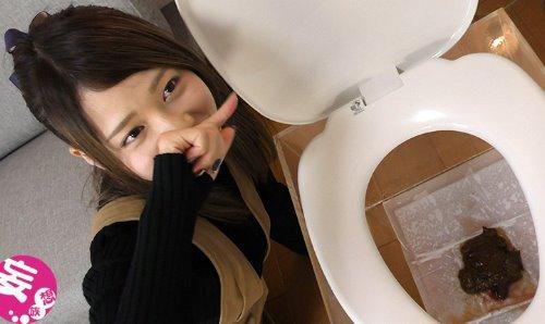 美少女・奈々ちゃんがおならやウンコや経血(生理)を見せつける動画 天使のオナラ