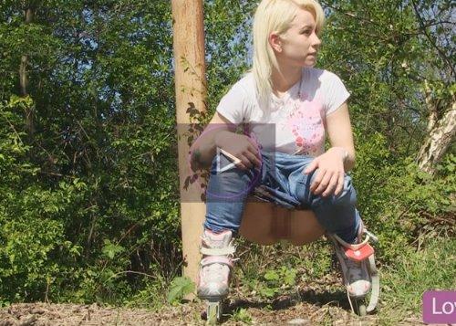 外国人美少女が野外でおしっこしまくる動画 世界一周お漏らし旅行 Vol.6