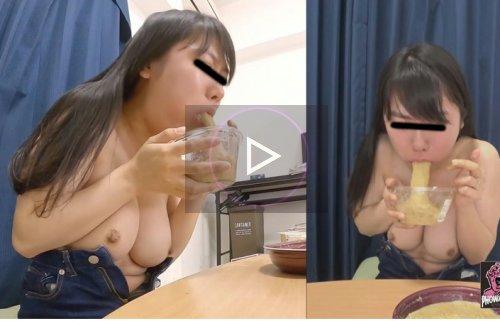 金髪ギャルがご飯を食べた後ゲロを吐く動画 投稿動画 ゲロ娘③ ~頑張って吐きまくった女の子たち~
